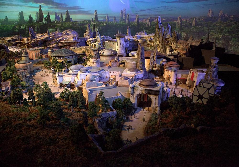 Вамериканских парках Disney раскроются  павильоны, посвящённые «Звёздным войнам»