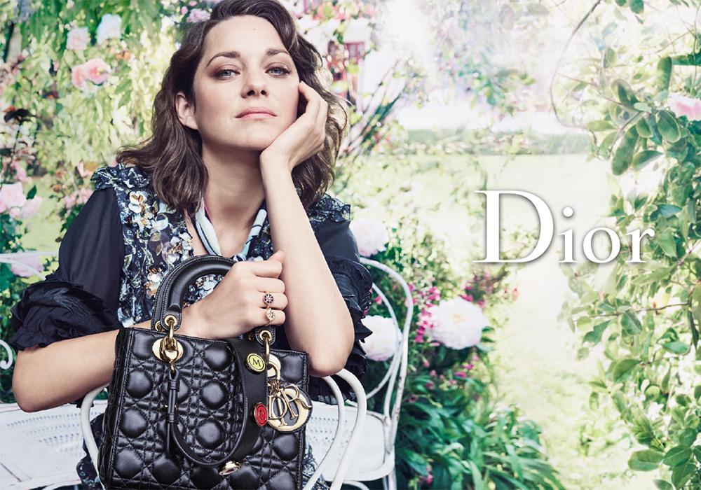 Маркетинг и коммуникации - Прекрасная дама с прекрасной сумочкой.