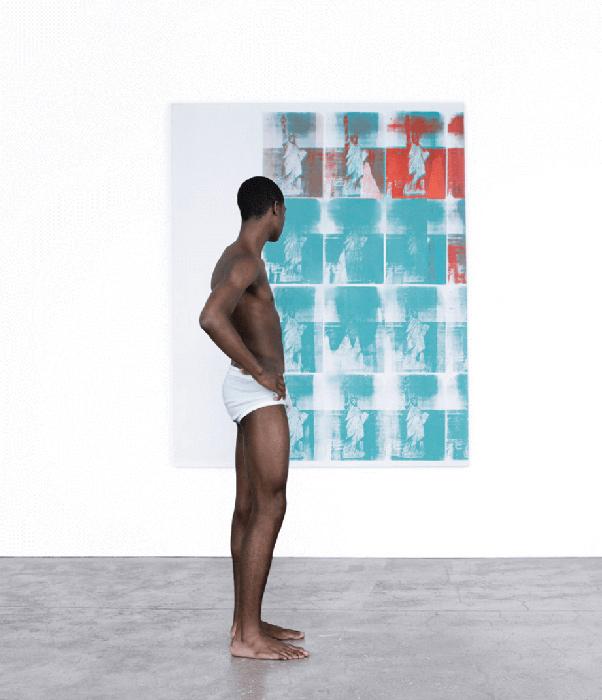 Calvin Klein провел фотосессию для новой коллекции в картинной галерее 1