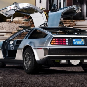 Электроверсия DeLorean DMC-12