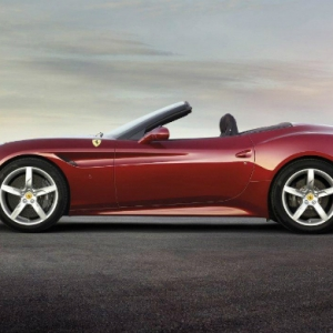 Новый Ferrari California T