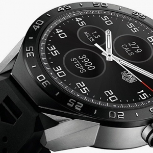 Смарт-часы TAG Heuer Connected теперь в России