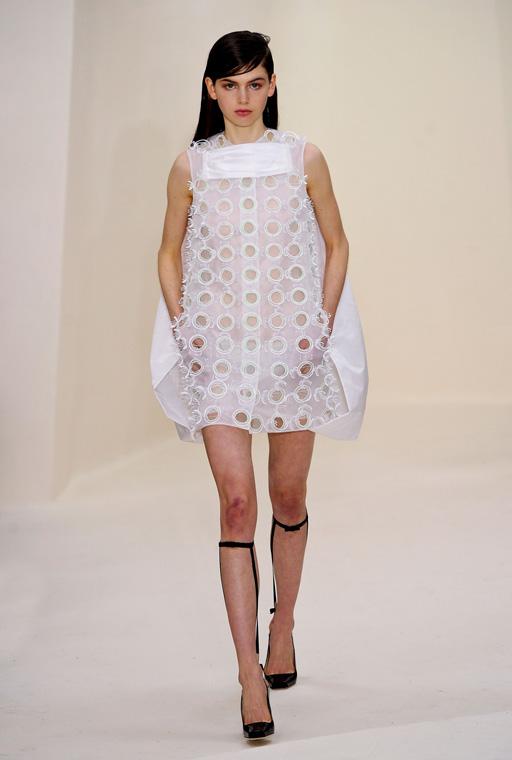 http://buro247.ru/thumb/512x760_8/Dior-HC-RS14-1703.jpg