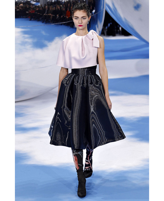 Юбки в стиле 50-х годов снова стали любимчиками модниц. . Такие юбки можно