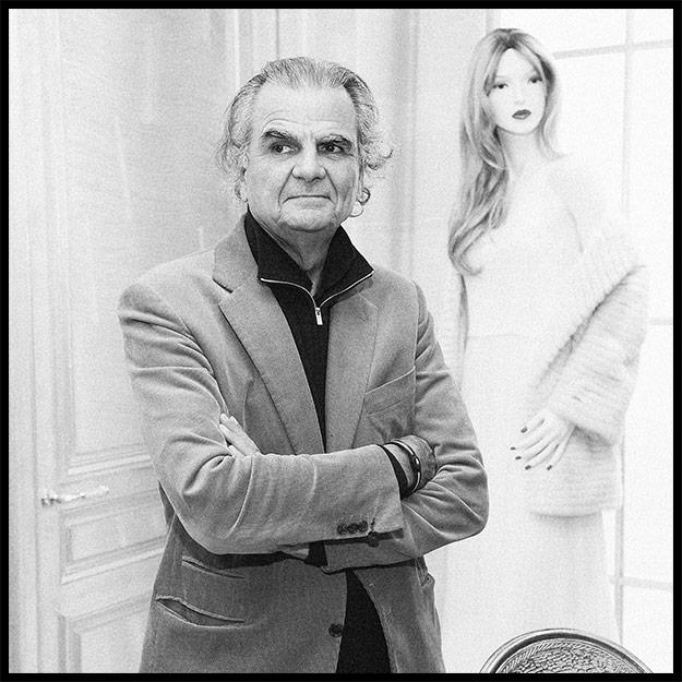 74-летний фотограф Демаршелье обвиняется в половых домогательствах
