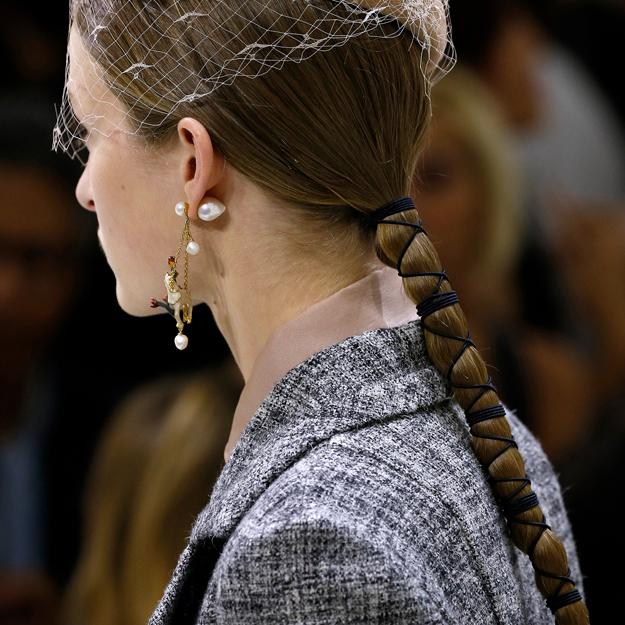 Неделя высокой моды в Париже, осень-зима 2018: тенденции в прическах