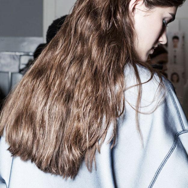 Необычные уходы для волос, которые можно попробовать в Москве