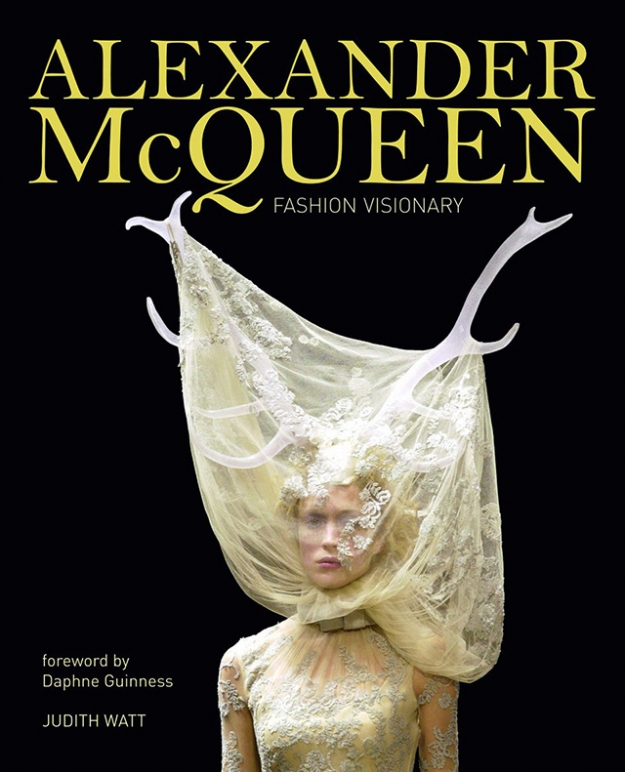 Книга недели: Alexander McQueen: Fashion Visionary
