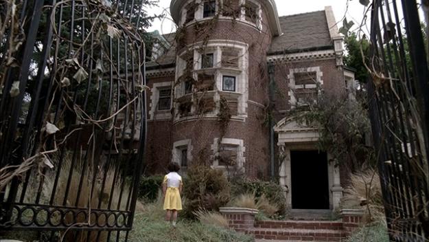 """Дом-убийца из """"Американской истории ужасов"""" сдается в аренду"""