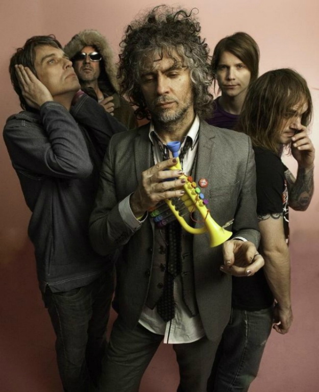 Beck и The Flaming Lips перепели Джона Леннона и The Beatles