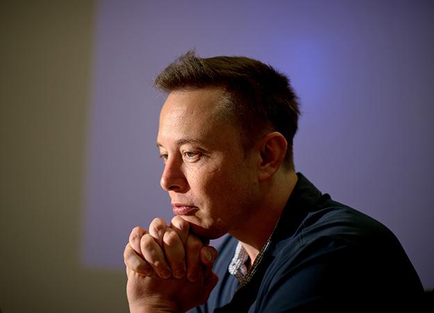Илон Маск запустил проект по подключению мозга к компьютеру