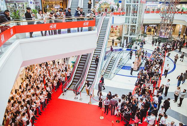 В Казахстане открылся первый магазин H&M