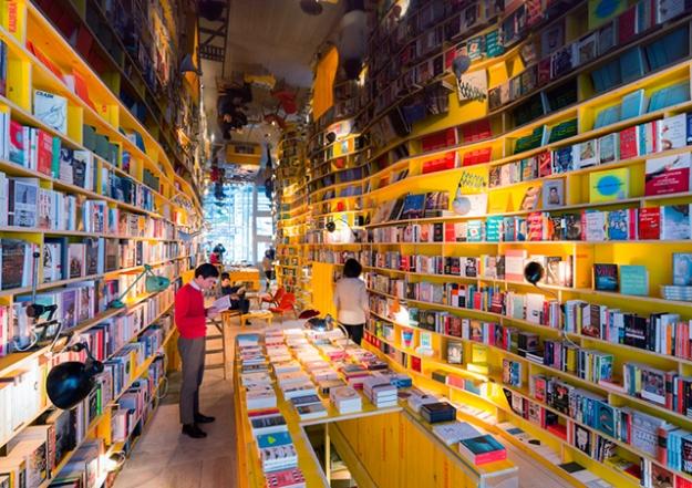В Лондоне появится концептуальный книжный магазин с баром и запретом на смартфоны