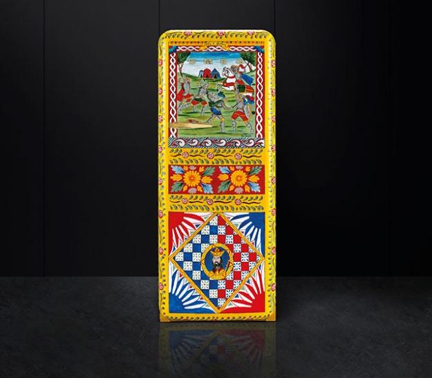 Dolce & Gabbana и Smeg выпустили коллекцию холодильников