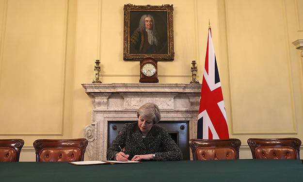 В Великобритании официально запустили процедуру Брексита