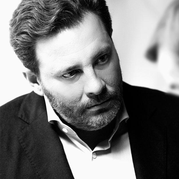 Новым главным редактором русского Esquire стал Сергей Минаев