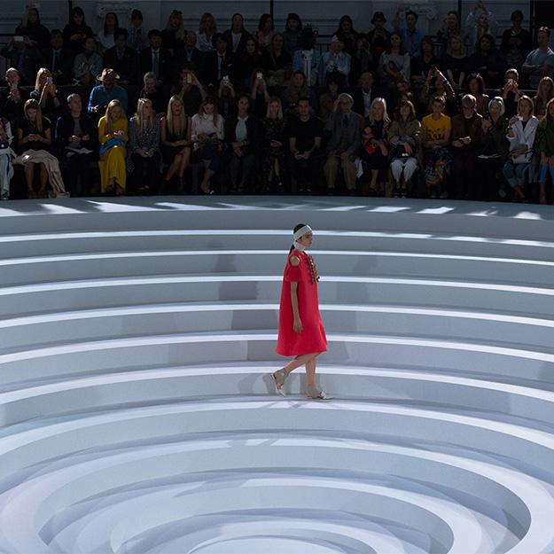 Лондонская неделя моды: Anya Hindmarch, весна-лето 2017