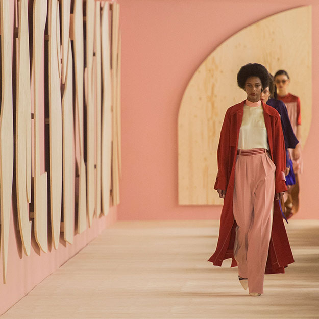 Лондонская неделя моды: Roksanda, весна-лето 2017
