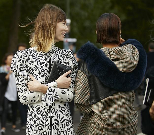 Неделя моды в Париже, весна-лето 2016: street style. Часть 5