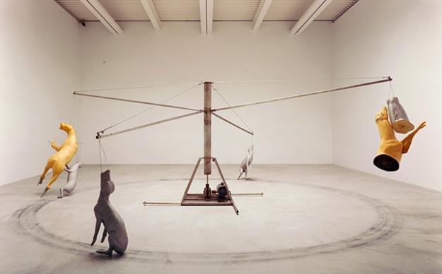 MoMA проведет ретроспективу Брюса Наумана