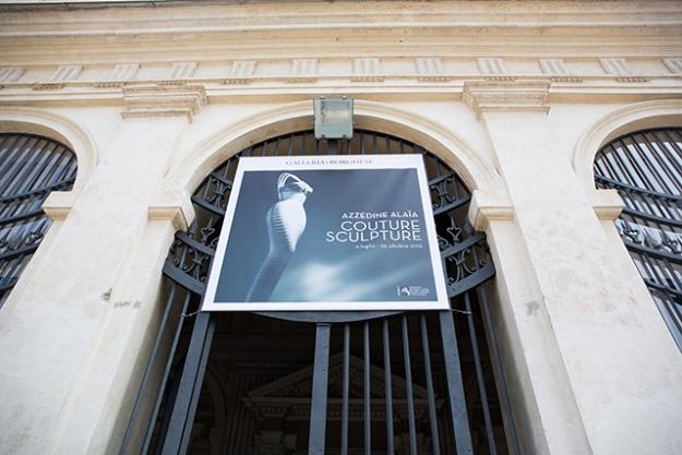 Высокая мода и скульптура: все подробности экспозиции Аззедина Алайи в Галерее Боргезе