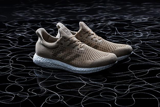 Adidas представила навсе 100% биоразлагаемые кроссовки