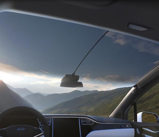 Дорогу электромобилям: Tesla представила кроссовер Model X