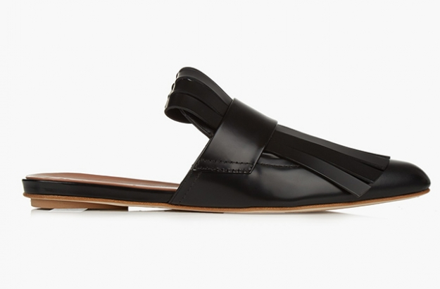 "Marni<p><a target=""_blank"" href=""http://www.matchesfashion.com/intl/products/Marni-Fringed-leather-slides-1051231"">matchesfashion.com</a></p>"