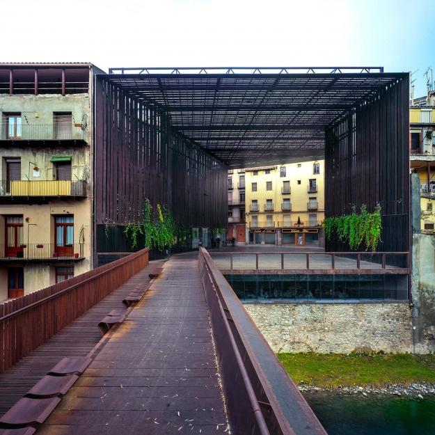 Театральное публичное пространство La Lira, 2011, Риполл, Жирона, Испания
