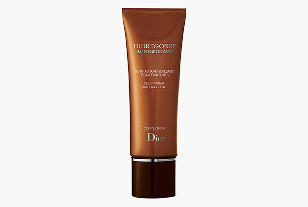 Bronze Self-Tanner Natural Glow от Dior, 3136 руб.