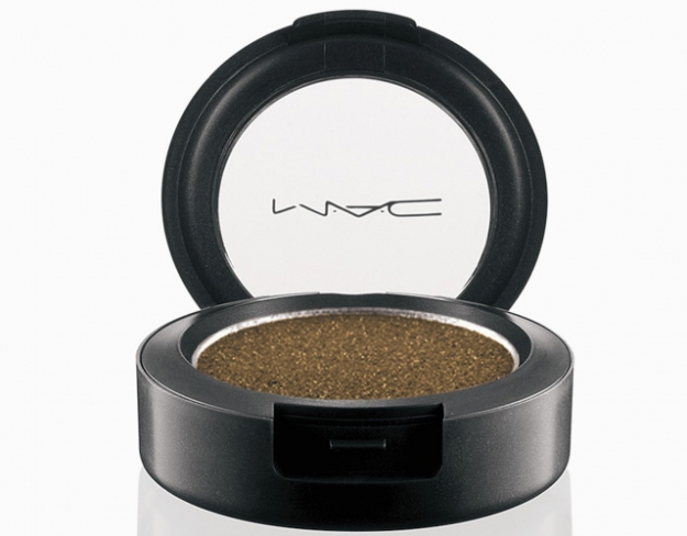 MAC Pressed Pigment in Damson