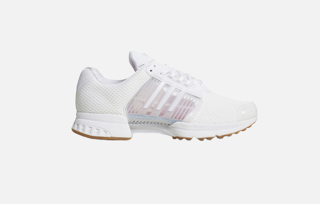 "Кроссовки Adidas<p><a target=""_blank"" href=""https://www.km20.ru/catalog/product/83543/"">КМ20</a></p>"
