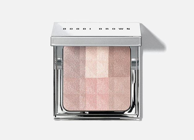 Brightening Finishing Powder Nude от Bobbi Brown, 4950 руб.