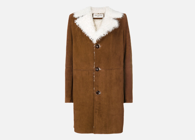 "Дубленка, Saint Laurent<p><a style="""" target=""_blank"" href=""https://www.farfetch.com/uk/shopping/women/saint-laurent-shearling-lined-coat-item-12228609.aspx?storeid=9383&size=21&utm_source=Hy3bqNL2jtQ&utm_medium=affiliate&utm_campaign=Linkshareuk&utm_content=10&utm_term=UKNetwork"">Farfetch</a></p>"