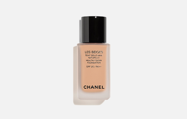 Les Beiges Healthy Glow Foundation от Chanel, 3 920 руб.