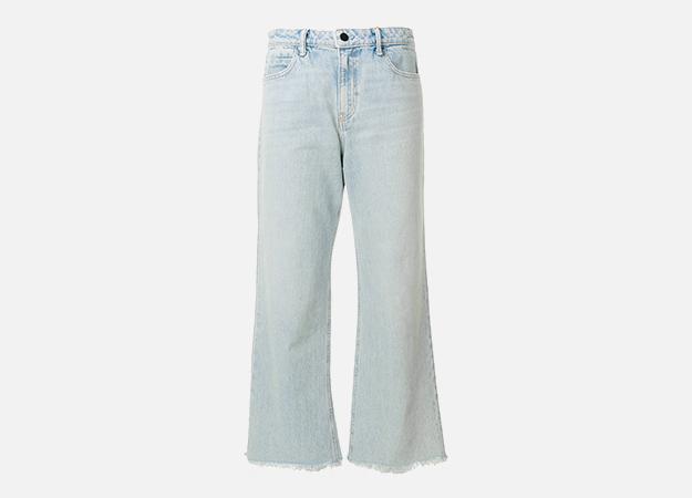 "Джинсы, Alexander Wang<p><a style="""" target=""_blank"" href=""https://www.farfetch.com/uk/shopping/women/alexander-wang-flared-cropped-jeans-item-12501410.aspx?utm_source=Hy3bqNL2jtQ&utm_medium=affiliate&utm_campaign=Linkshareuk&utm_content=10&utm_term=UKNetwork"">farfetch.com</a></p>"