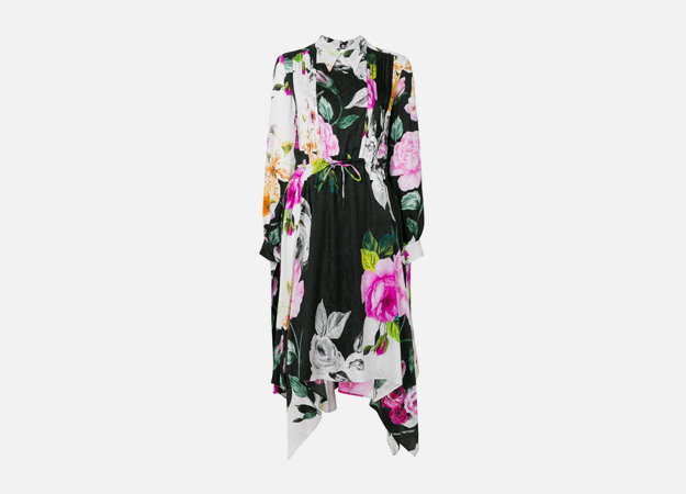 "Платье Off-White<p><a style="""" target=""_blank"" href=""https://cdn-images.farfetch-contents.com/12/85/35/73/12853573_13118736_1000.jpg"">Farfetch</a></p>"