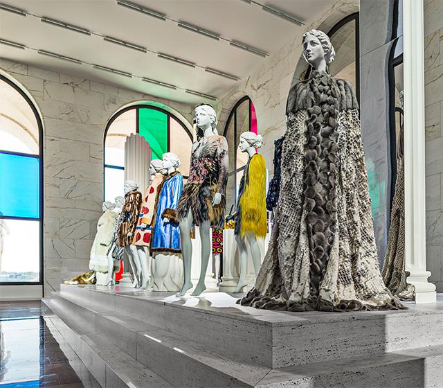 """Выставка """"Fendi Roma. Мастера мечты"""" в Риме"""