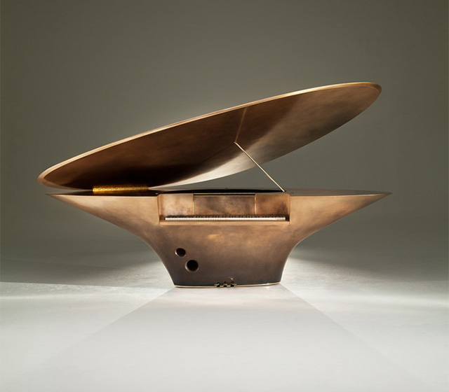 Инструмент как скульптура: фортепиано от Goldfinch