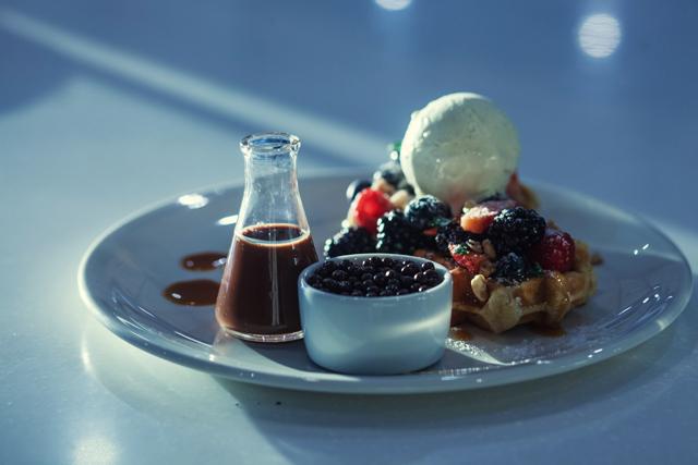 В Москве открылся первый шоколадный бар Max Brenner