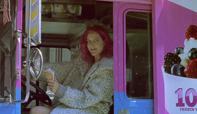 Один город, одна девушка: новое видео Stella McCartney