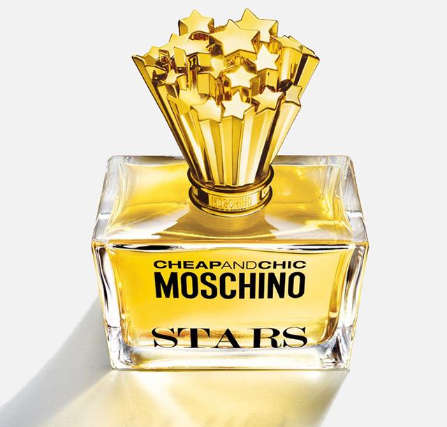 Stars in bottiglia: nuova fragranza Moschino Cheap and Chic