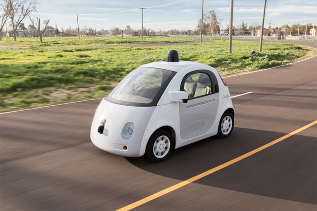 Беспилотные машины Google появятся на дорогах летом
