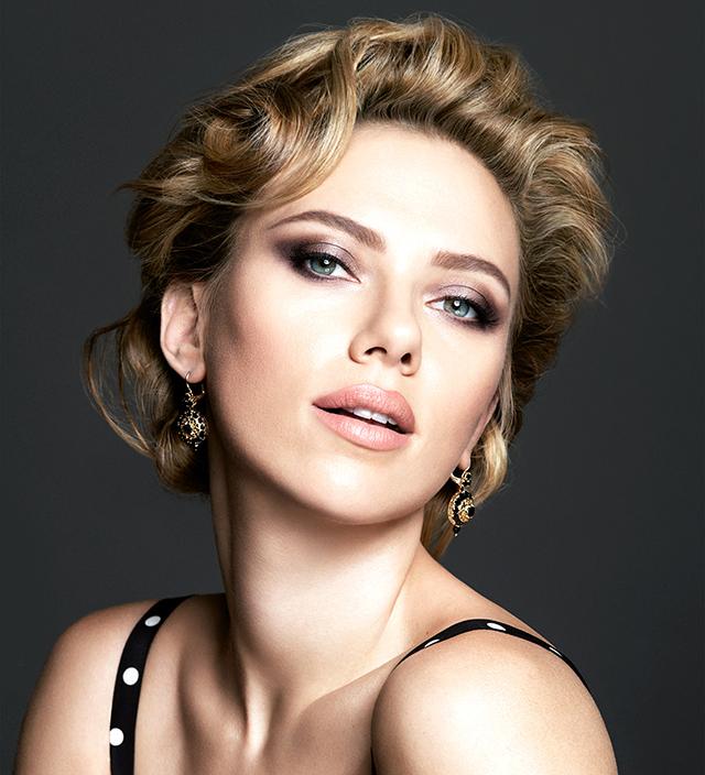 Скарлетт Йоханссон в рекламной кампании теней Dolce & Gabbana