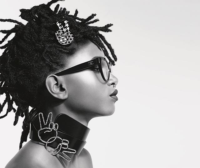 Престижный дом Chanel продемонстрировал кадры изрекламной кампании сУиллоу Смит