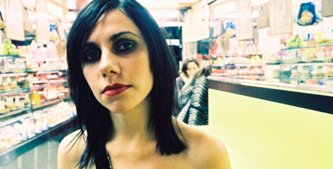 Вышла демоверсия альбома PJ Harvey «Stories from the City, Stories from the Sea»