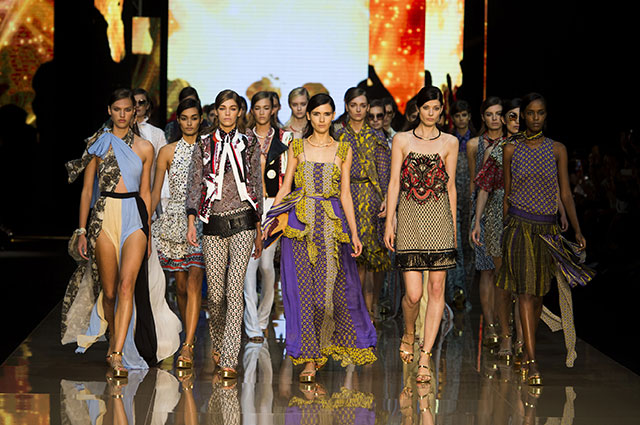 Обзор Buro 24/7: Just Cavalli, Costume National, Ports 1961