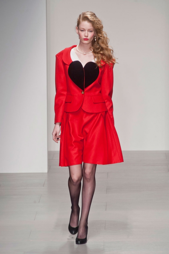 Обзор Buro 24/7: Vivienne Westwood Red Label, осень-зима 2014