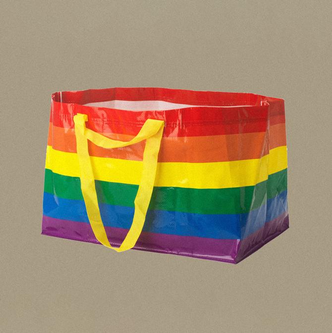 IKEA выпустила радужную сумку