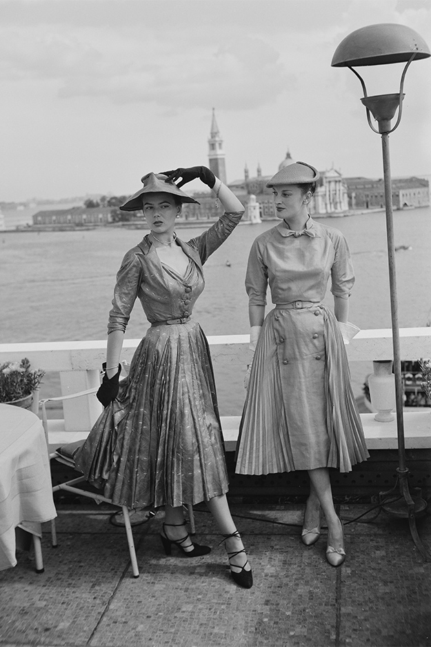 Модели в Christian Dior, 1950-е. Фото: Archivio Cameraphoto Epoche/Getty Images